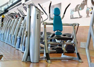 gimnasio-en-chiclana-sala-grande-de-fitness